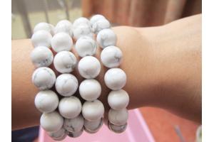 Vòng tay Turquoise trắng
